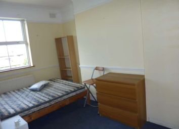 Thumbnail 3 bed flat to rent in Available 5th Sept - Manor Avenue, Brockley