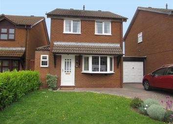 Thumbnail 3 bed detached house to rent in Gillows Croft, Solihull