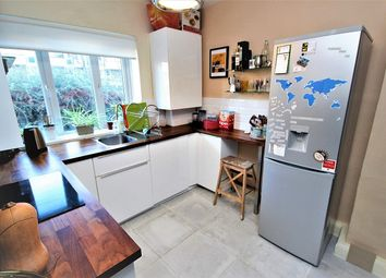 Thumbnail 4 bed flat to rent in St Stephens Road, London