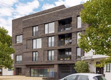 Thumbnail Flat for sale in East Street, Commerce Road, Brentford