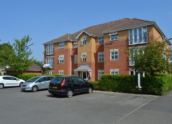 Thumbnail 1 bed flat to rent in Baxter Close, Slough, Berkshire.