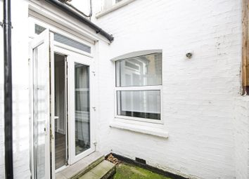 Thumbnail 3 bed flat to rent in Second Avenue, Hendon, London
