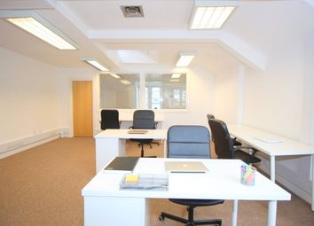 Office to let in Fleet Street, London EC4A