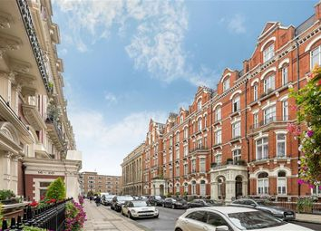 Thumbnail 2 bed property to rent in Carlisle Mansions, Carlisle Place, Victoria, London