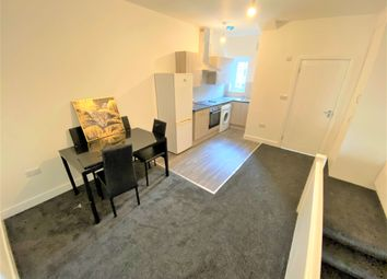 1 bed flat to rent in Brooks Parade, Green Lane, Goodmayes, Ilford IG3