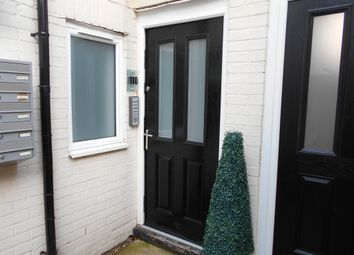 Thumbnail 1 bed flat to rent in London Road, Southborough, 0Pn
