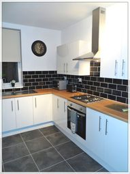 Thumbnail 4 bed shared accommodation to rent in Florence Avenue, Hexthorpe