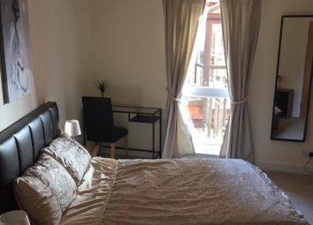 Thumbnail Room to rent in 3 Arnhem Place, South Quays, Canary Wharf, London