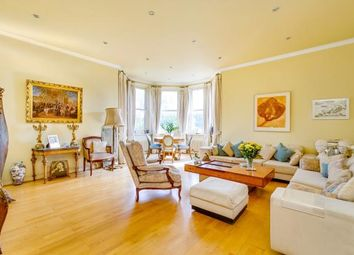 Thumbnail 3 bed flat for sale in Chesterford Gardens, Hampstead, London