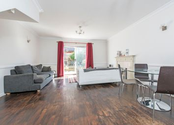 Thumbnail 3 bed flat to rent in Wycliffe Road, London