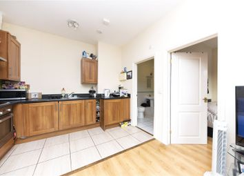 1 bed flat to rent in Hidden Close, West Molesey, Surrey KT8