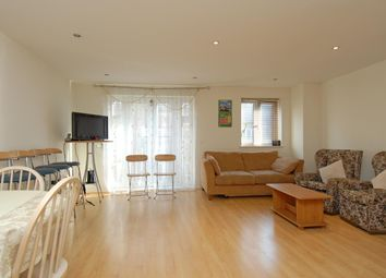 Thumbnail 2 bed flat to rent in Cheapside, Reading