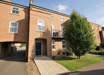 Thumbnail 3 bed town house for sale in Bentley Drive, Stansted