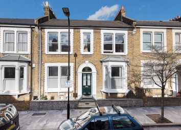3 bed maisonette for sale in Barretts Grove, London N16