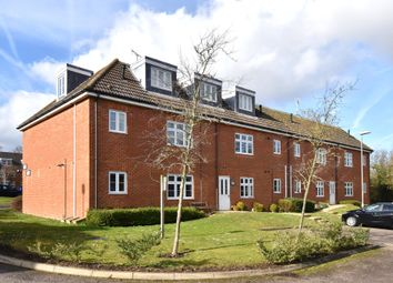 Thumbnail 2 bedroom flat for sale in Turner Avenue, Biggin Hill, Westerham