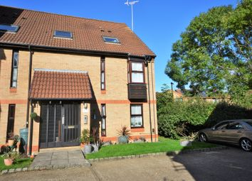 Thumbnail 1 bed flat for sale in Trenance, Woking