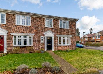 4 bed end terrace house to rent in Hanover Walk, Weybridge KT13
