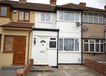 3 bed property for sale in Elm Park, Essex RM12