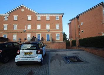 Thumbnail Town house to rent in Fenton Avenue, Redhouse, Swindon