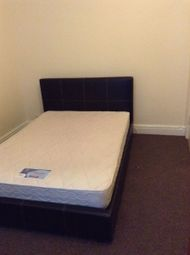 Thumbnail Room to rent in Room 2, Royal Avenue