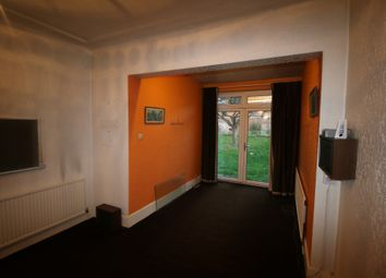 Thumbnail 5 bed terraced house to rent in The Crescent, Ilford, Essex