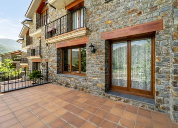 Thumbnail Town house for sale in Sispony, Andorra