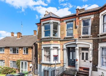 2 bed flat to rent in Jerningham Road, London SE14