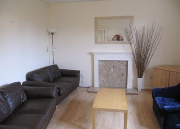 2 bed flat to rent in Barquentine Place, Cardiff CF10