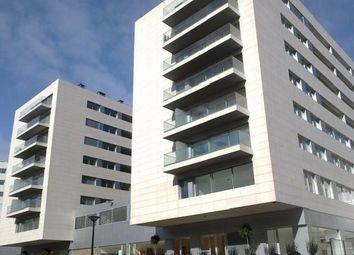 Thumbnail Block of flats for sale in Laranjeiras, Lisbon, Portugal