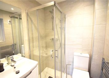 Thumbnail Room to rent in Robins Cottages, Larges Lane, Bracknell, Berkshire