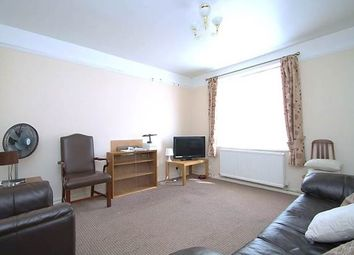 Thumbnail 3 bed flat to rent in Vermont Road, Wandsworth, London