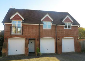 Thumbnail 2 bed detached house to rent in Songbird Close, Shinfield