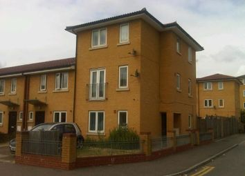 Thumbnail 4 bed property to rent in Merriam Avenue, London