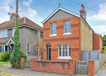 Thumbnail Property to rent in Beaconsfield Road, Tring
