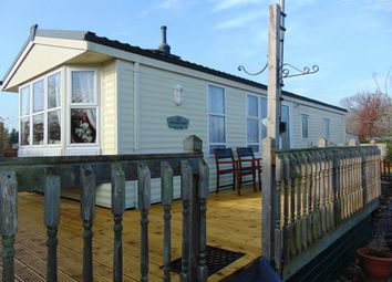 2 bed mobile/park home for sale in Binton Road, Welford On Avon, Stratford-Upon-Avon CV37