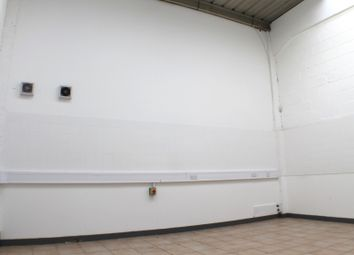 Light industrial to let in Barton Road, Bletchley, Milton Keynes MK2