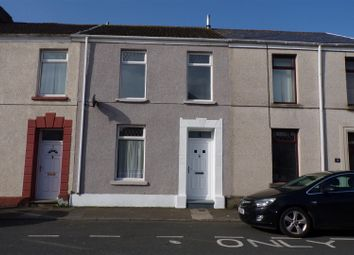 Thumbnail 3 bed property to rent in Heol Siloh, Llanelli