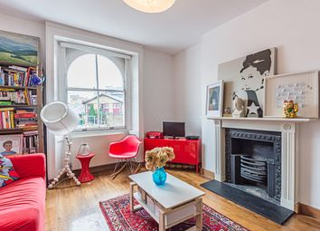Thumbnail 3 bed flat to rent in Harleyford Road, London