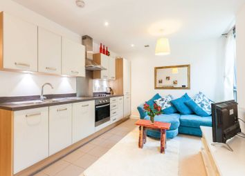 Thumbnail 1 bed flat for sale in City Road, Islington, London