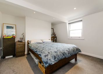 Thumbnail 2 bed flat to rent in Clapham Park Road, Clapham