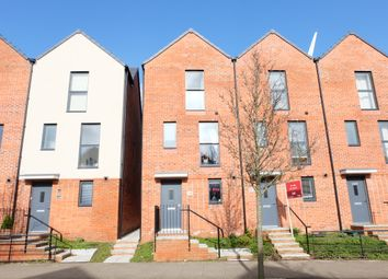 Thumbnail 3 bed town house to rent in Langdon Road, Mariners Walk, Swansea