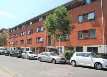 Thumbnail 2 bed flat to rent in Bemerton Street, Angel/King's Cross
