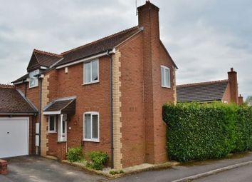 Thumbnail 3 bedroom detached house to rent in Yeftly Drive, Littlemore, Oxford