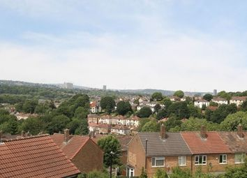 3 bed property to rent in Holmhirst Way, Sheffield S8