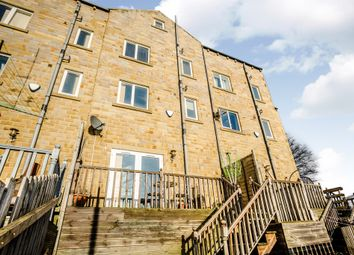 Thumbnail 3 bed town house for sale in Eaglescliffe, Sowerby Bridge