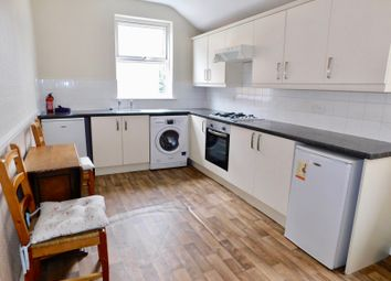 Thumbnail 3 bedroom flat to rent in Hinckley Road, Leicester