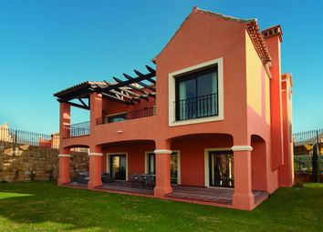 Thumbnail 4 bed villa for sale in Estepona, Estepona, Málaga, Andalusia, Spain
