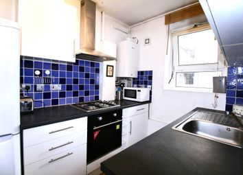 Thumbnail 2 bed flat to rent in Dorset Road, Oval