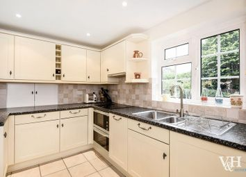 Thumbnail 4 bed detached house to rent in Beauclare Close, Leatherhead