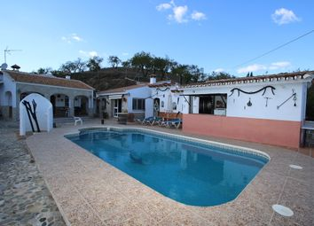 Thumbnail 7 bed detached house for sale in Guaro, Málaga, Andalusia, Spain